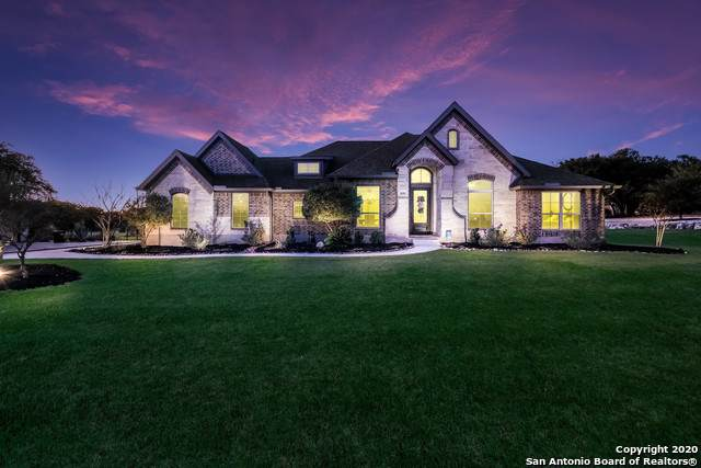1048 Spanish Trail, New Braunfels, TX 78132 (#1431361) :: The Perry Henderson Group at Berkshire Hathaway Texas Realty