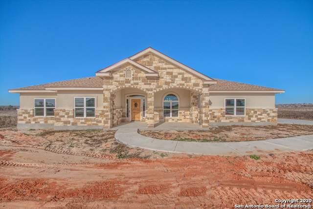 131 Las Palomas Dr., La Vernia, TX 78121 (MLS #1431447) :: Carolina Garcia Real Estate Group