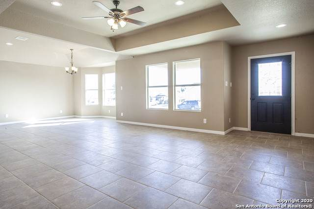 5907 Way View Dr, San Antonio, TX 78220 (#1431688) :: The Perry Henderson Group at Berkshire Hathaway Texas Realty