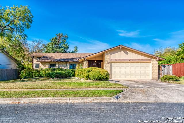 8111 Rustic Frst, San Antonio, TX 78239 (MLS #1431738) :: Alexis Weigand Real Estate Group