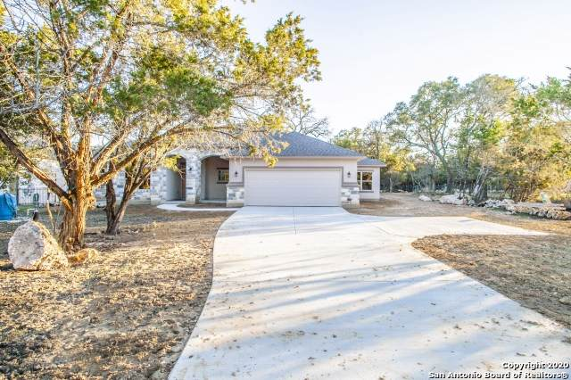 558 Winding River Ln, Spring Branch, TX 78070 (MLS #1431771) :: NewHomePrograms.com LLC