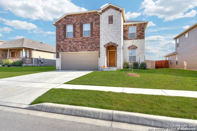 9762 Harbor Mist Ln, Converse, TX 78109 (#1431851) :: The Perry Henderson Group at Berkshire Hathaway Texas Realty