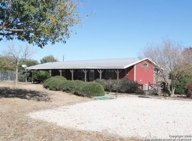3808 Odaniel Rd, Seguin, TX 78155 (MLS #1432058) :: Carolina Garcia Real Estate Group