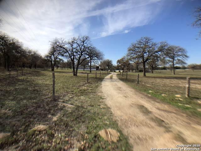 3865 County Road 307, La Vernia, TX 78121 (MLS #1432164) :: Vivid Realty