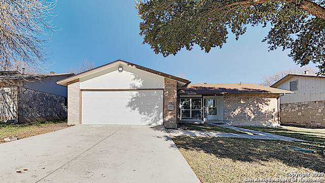 7523 Ledgebrook Dr, San Antonio, TX 78244 (#1432203) :: The Perry Henderson Group at Berkshire Hathaway Texas Realty
