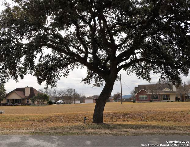 00 Flying L Drive, Bandera, TX 78003 (MLS #1432349) :: Alexis Weigand Real Estate Group