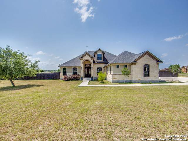 116 Abrego Run Dr, Floresville, TX 78114 (#1432516) :: The Perry Henderson Group at Berkshire Hathaway Texas Realty