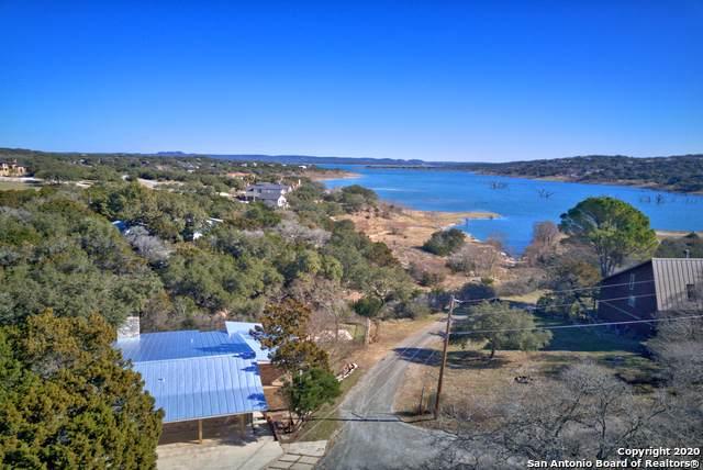 142 Canteen, Canyon Lake, TX 78133 (#1432557) :: The Perry Henderson Group at Berkshire Hathaway Texas Realty