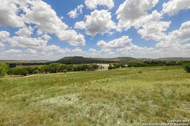 900 Lane Valley Road, Comfort, TX 78013 (MLS #1432657) :: Carolina Garcia Real Estate Group