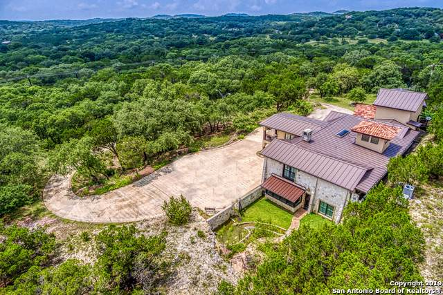 20278 Scenic Loop Rd, Helotes, TX 78023 (#1432751) :: The Perry Henderson Group at Berkshire Hathaway Texas Realty