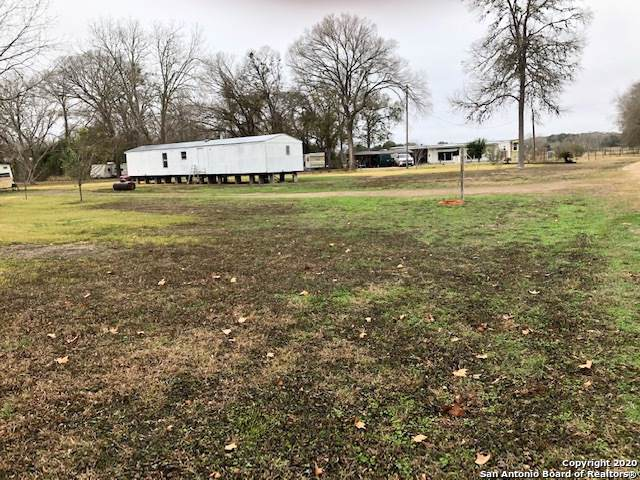 447 County Road 90B, Gonzales, TX 78629 (MLS #1432840) :: Alexis Weigand Real Estate Group