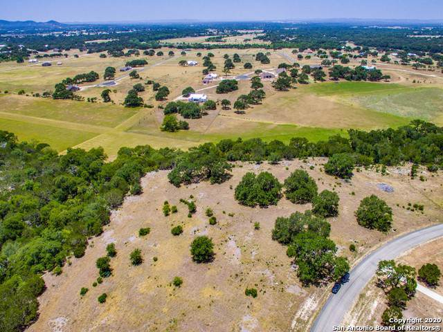 LOT 581 Little Sorrel Way, Bandera, TX 78003 (MLS #1433308) :: The Gradiz Group