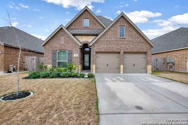 2017 Glen Holw, Seguin, TX 78155 (MLS #1433418) :: Neal & Neal Team
