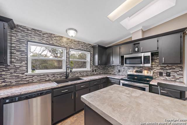 101 Walnut Grove Rd, Boerne, TX 78006 (MLS #1433465) :: Alexis Weigand Real Estate Group