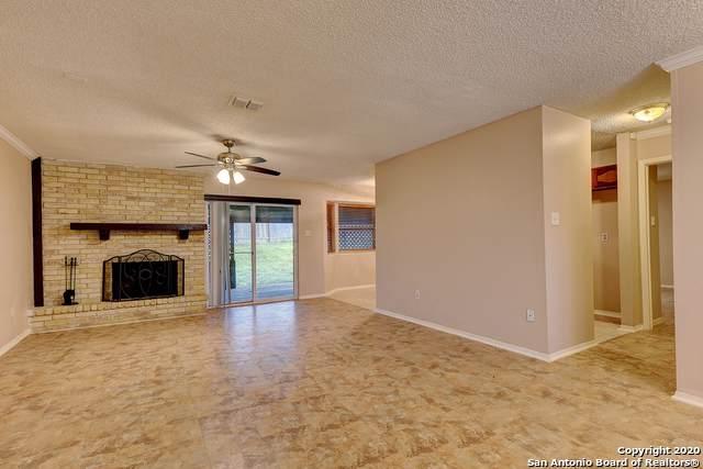 14114 Greenjay Dr, San Antonio, TX 78217 (#1433534) :: The Perry Henderson Group at Berkshire Hathaway Texas Realty