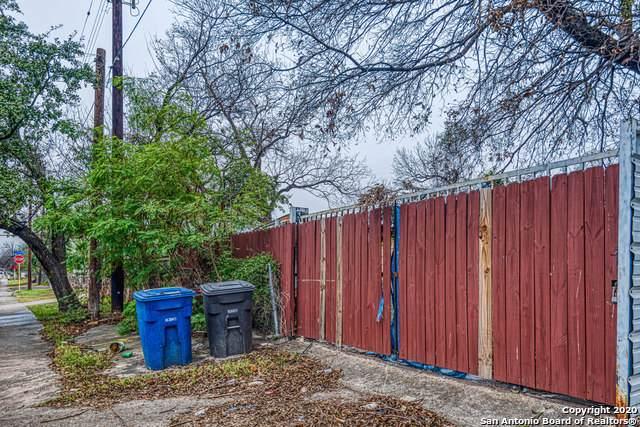 1145 Lombrano St, San Antonio, TX 78207 (MLS #1433602) :: BHGRE HomeCity