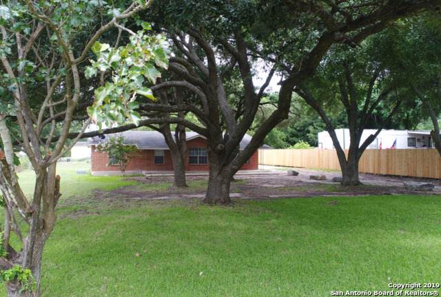 6711 Talley Rd, San Antonio, TX 78253 (MLS #1433784) :: Reyes Signature Properties