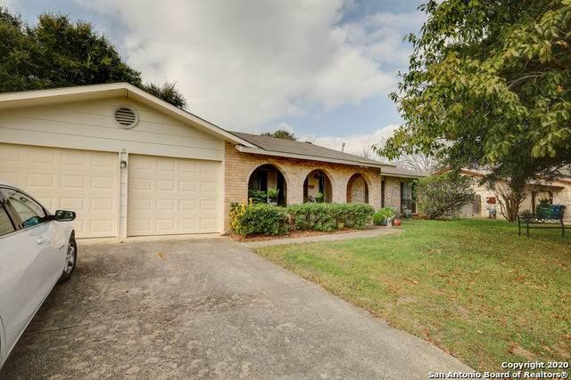 5917 Pineway St, San Antonio, TX 78247 (MLS #1433811) :: Alexis Weigand Real Estate Group