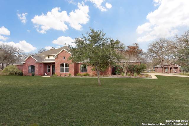 200 Copper Ridge Dr, La Vernia, TX 78121 (MLS #1433901) :: Alexis Weigand Real Estate Group