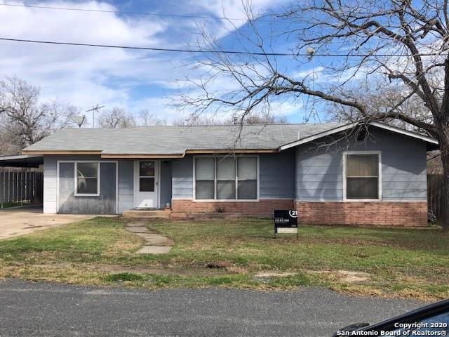 141 S Carroll St, Poth, TX 78147 (MLS #1434016) :: The Mullen Group | RE/MAX Access