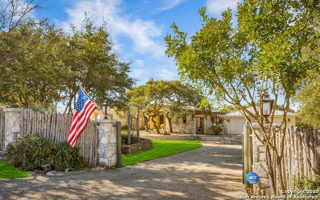31711 Wild Oak Hill, Fair Oaks Ranch, TX 78015 (MLS #1434164) :: The Castillo Group