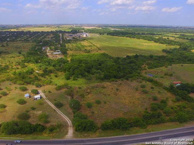 824 Lakeside Pass, New Braunfels, TX 78130 (MLS #1434330) :: Tom White Group