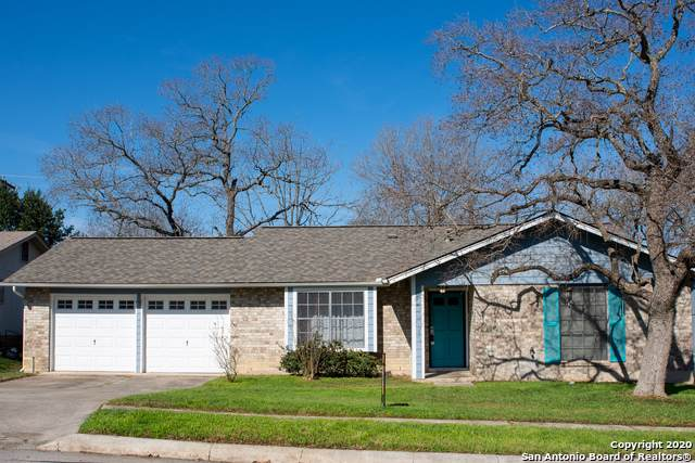 7821 Hollow Oak, Live Oak, TX 78233 (MLS #1434463) :: Alexis Weigand Real Estate Group