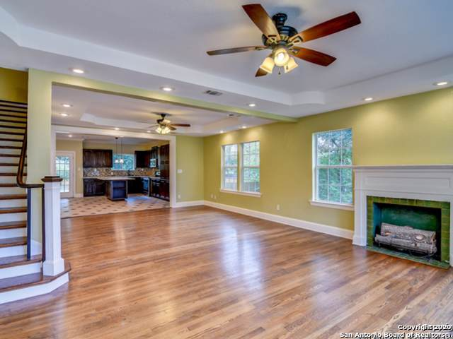 232 W Ridgewood Ct, San Antonio, TX 78212 (MLS #1434482) :: Alexis Weigand Real Estate Group