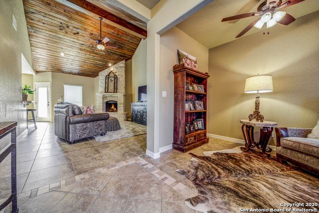 103 Devonshire Rd, Boerne, TX 78006 (MLS #1434532) :: Alexis Weigand Real Estate Group