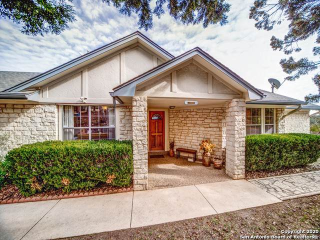 412 Lake Side Circle, Boerne, TX 78006 (#1434557) :: The Perry Henderson Group at Berkshire Hathaway Texas Realty