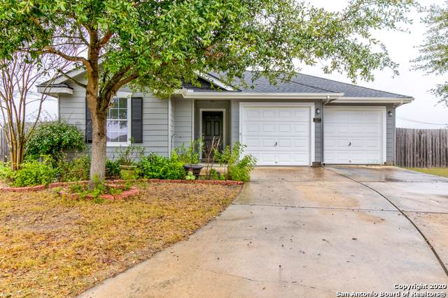 3277 Swallow Pointe, New Braunfels, TX 78130 (#1434589) :: The Perry Henderson Group at Berkshire Hathaway Texas Realty