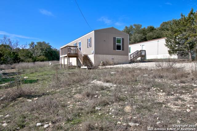 1788 Live Oak Dr, Canyon Lake, TX 78133 (MLS #1434789) :: Erin Caraway Group
