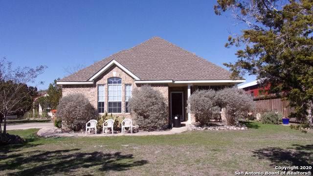 390 Cypress Springs Dr, Spring Branch, TX 78070 (MLS #1435155) :: Berkshire Hathaway HomeServices Don Johnson, REALTORS®