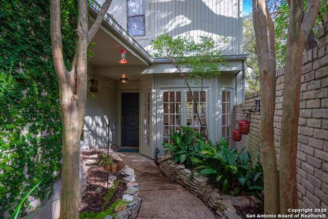 11706 Caprock St, San Antonio, TX 78230 (#1435167) :: The Perry Henderson Group at Berkshire Hathaway Texas Realty
