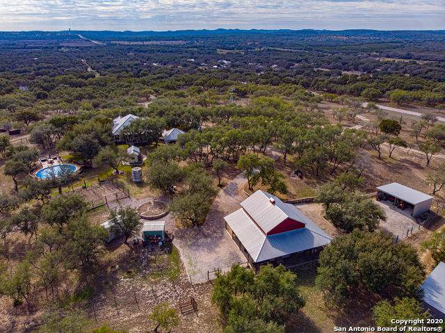 31120 Blanco Rd, Bulverde, TX 78163 (#1435191) :: The Perry Henderson Group at Berkshire Hathaway Texas Realty