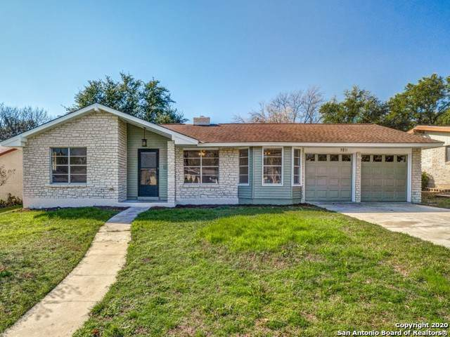 9811 John Rolfe Dr, San Antonio, TX 78230 (#1435274) :: The Perry Henderson Group at Berkshire Hathaway Texas Realty