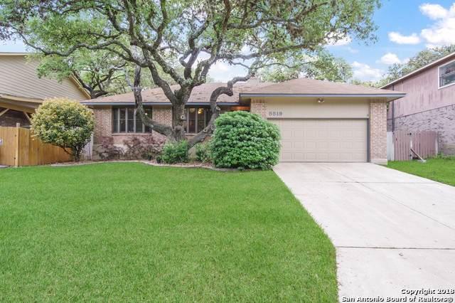 5519 Timber Hawk, San Antonio, TX 78250 (#1435355) :: The Perry Henderson Group at Berkshire Hathaway Texas Realty