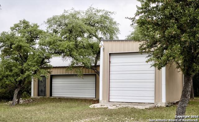 474 Park Rd, Bandera, TX 78003 (MLS #1435359) :: Glover Homes & Land Group