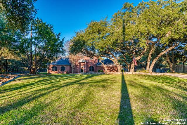 25828 Quiet Pt, San Antonio, TX 78260 (#1435365) :: The Perry Henderson Group at Berkshire Hathaway Texas Realty