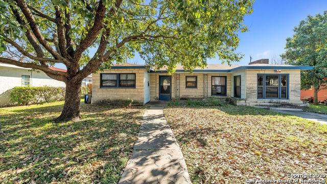 510 General Krueger Blvd, San Antonio, TX 78213 (#1435439) :: The Perry Henderson Group at Berkshire Hathaway Texas Realty