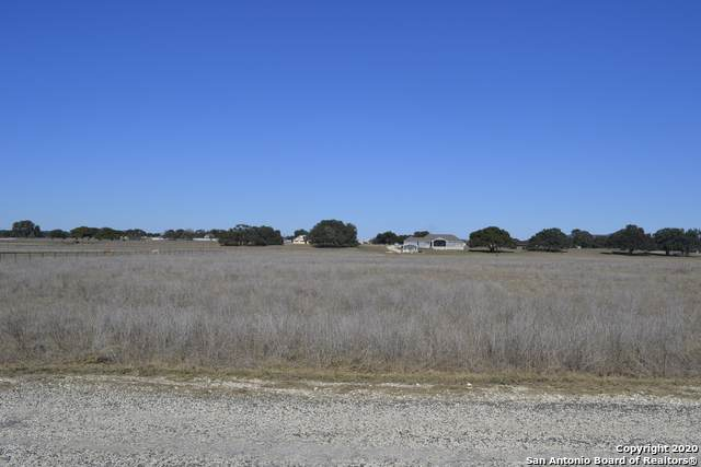 307 Hackamore Trail, Bandera, TX 78003 (MLS #1435470) :: Glover Homes & Land Group