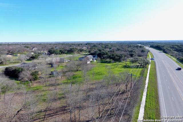 125 Oak Knot Drive, New Braunfels, TX 78132 (MLS #1435557) :: Legend Realty Group