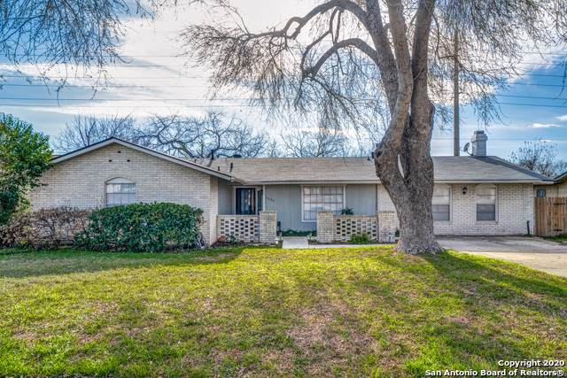 5582 Crystal Valley St, San Antonio, TX 78242 (#1435696) :: The Perry Henderson Group at Berkshire Hathaway Texas Realty