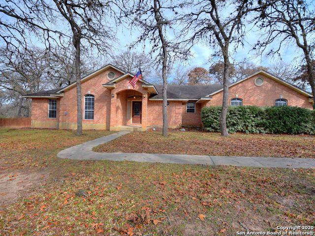 107 Turkey Ridge Dr, La Vernia, TX 78121 (MLS #1435802) :: NewHomePrograms.com LLC