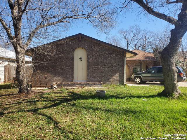 5610 Crater Lake Dr, San Antonio, TX 78244 (MLS #1435962) :: Erin Caraway Group