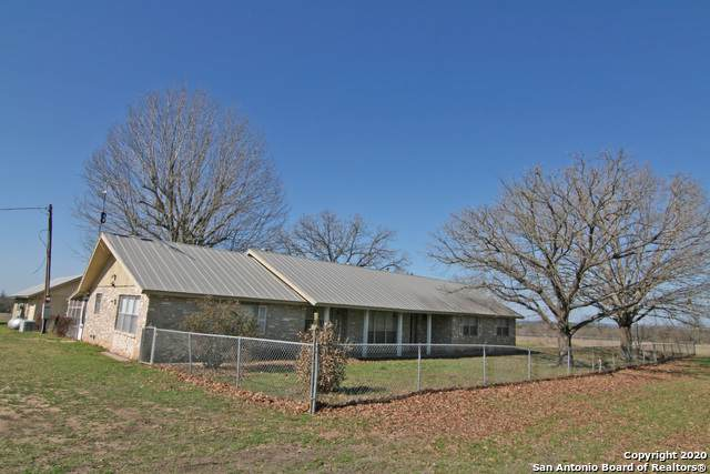 4010 County Road 4516, Hondo, TX 78861 (MLS #1436284) :: Alexis Weigand Real Estate Group