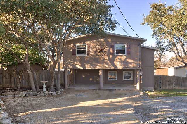 940 Highview St, Canyon Lake, TX 78133 (MLS #1436343) :: Vivid Realty