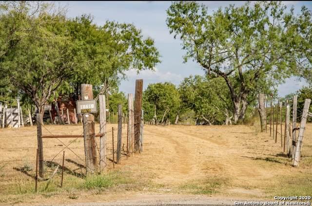 18610 Pleasanton Rd, San Antonio, TX 78221 (MLS #1436502) :: Reyes Signature Properties