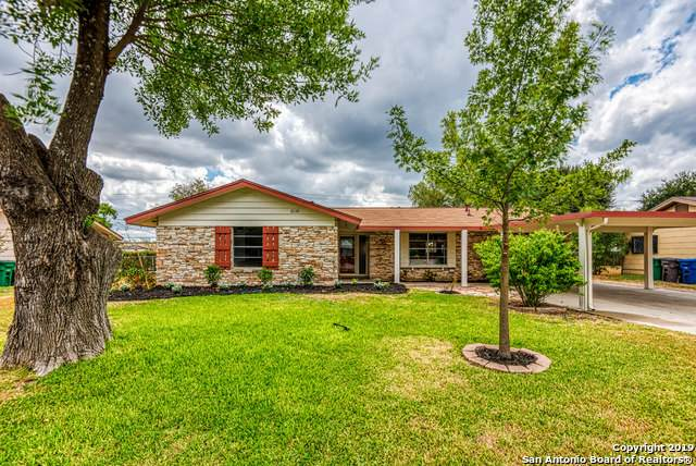 7354 Meadow Breeze Dr, San Antonio, TX 78227 (MLS #1436967) :: Neal & Neal Team
