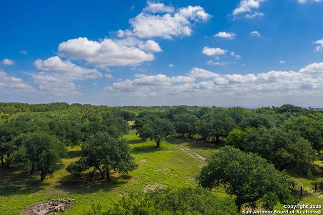 1212 962 E, Round Mountain, TX 78663 (MLS #1437183) :: Carolina Garcia Real Estate Group
